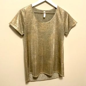 Lularoe Gold Metalic Tee Size Small